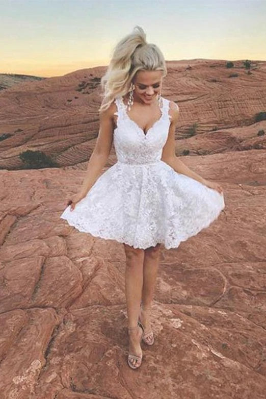 White Short Lace Homecoming Dresses V Neck Appliques Cocktail Dresses OKU53