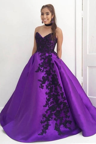 Ball Gown Seetheart Black Lace Appliques Satin Purple Prom Dresses with Pockets OKT80