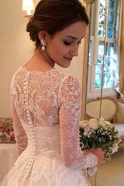 A-line V-neck Long Sleeves Court Train Tulle Wedding Dress With Lace Appliques OK526
