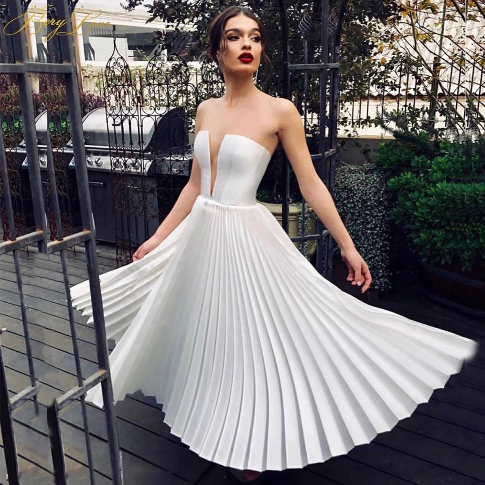 Sexy Off White Short Satin Wedding Dress Crumpled Skirt Ivory Wedding Gown Tea Length Bridal Dress OKW51