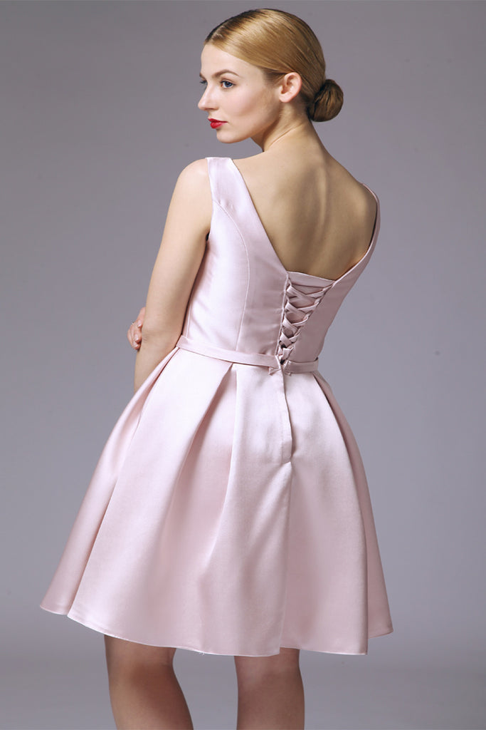 Simple Satin Back Up Lace Backless Homecoming Dresses ED0720