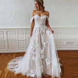 Gorgeous A-line Wedding Dress with Straps Sweetheart Lace Appliques Bridal Dress OKW92