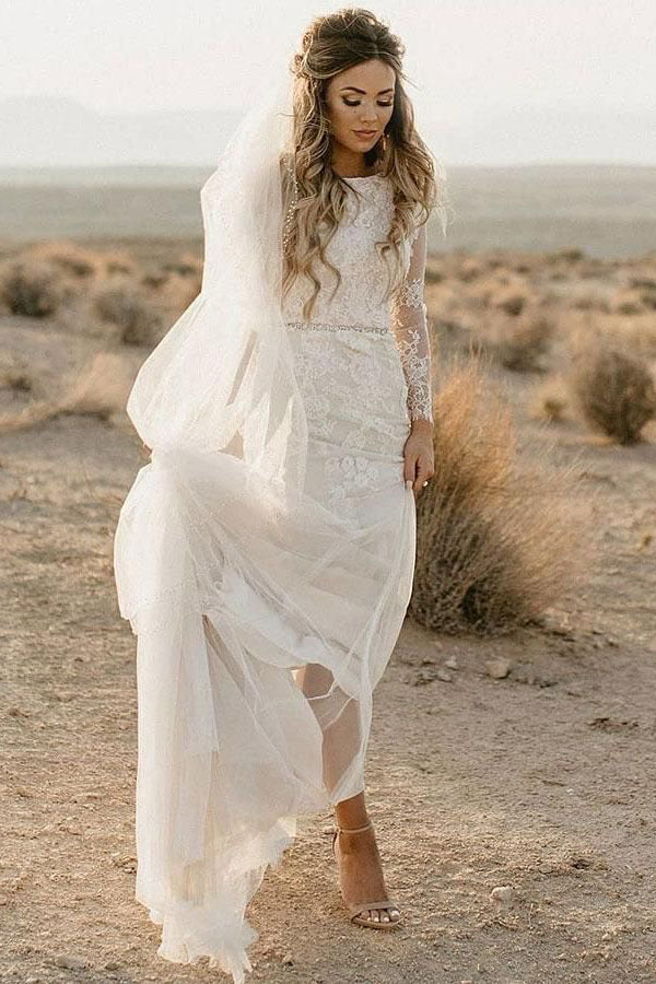 Long Sleeve Boho Appliques Ivory Beach Wedding Dress OKU1