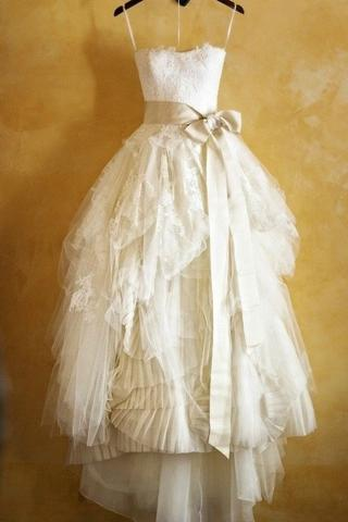 Princess Spaghetti Straps Ruffles Ivory Ball Gown Tulle Wedding Dress With Sash OK771