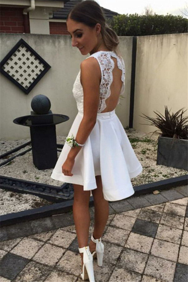 Girly Short White Lace Deep V-neck Homecoming Dresses For Teens K207