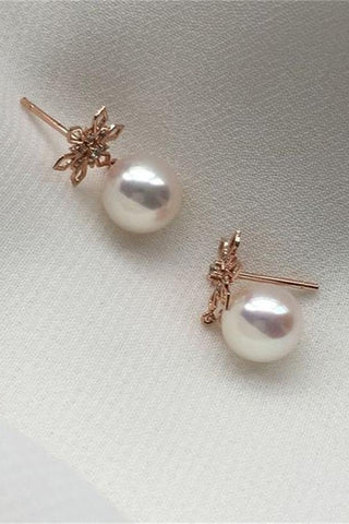 Beautiful White Freshwater Pearl Earrings with 18K Gold Posts P8