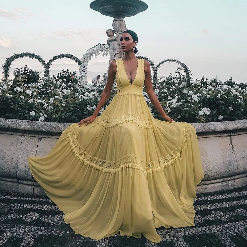Gorgeous Yellow V-Neck Sleeveless Lace Appliques Chiffon Prom Dress A-Line Long Tiered Evening Dress OKW48