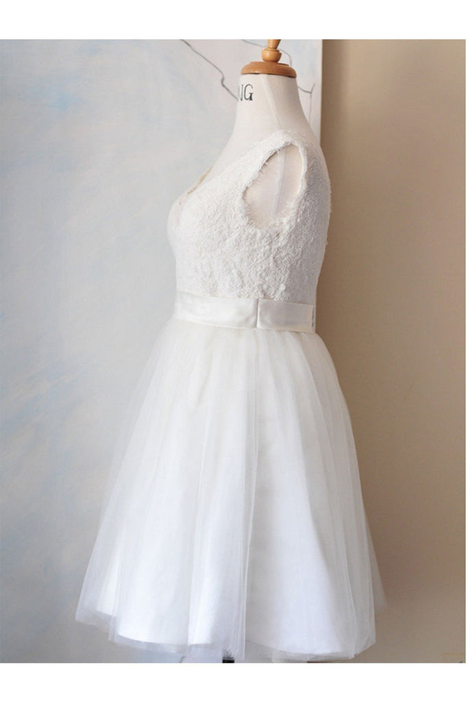 Elegant White Simple Lace V-neck Beach Wedding Dresses W6