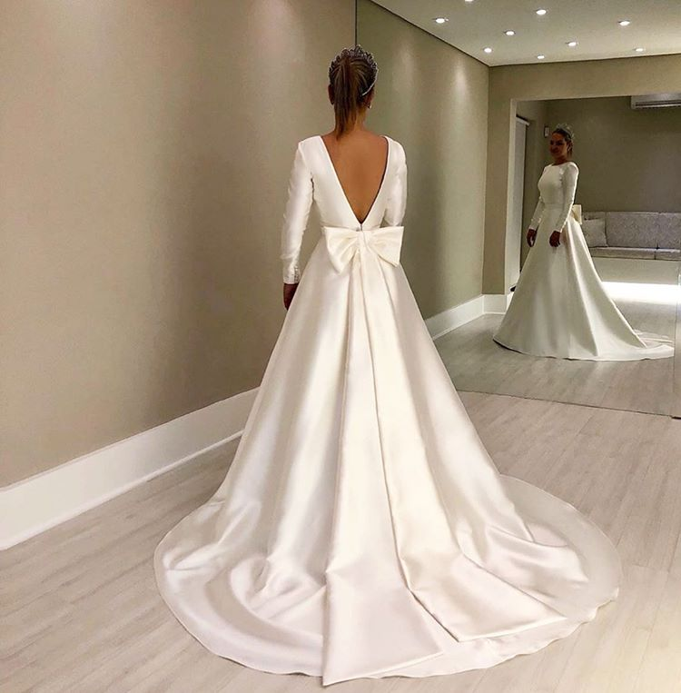 Vintage Long Sleeves Ivory Backless Simple Style Wedding Dresses With Bowknot OKD96