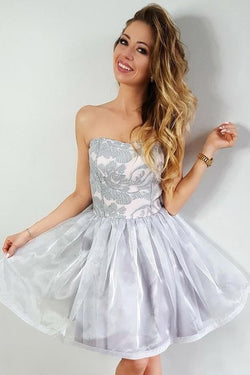 A-Line Strapless Gray Short Organza Homecoming Party Dress with Lace Appliques OKE6