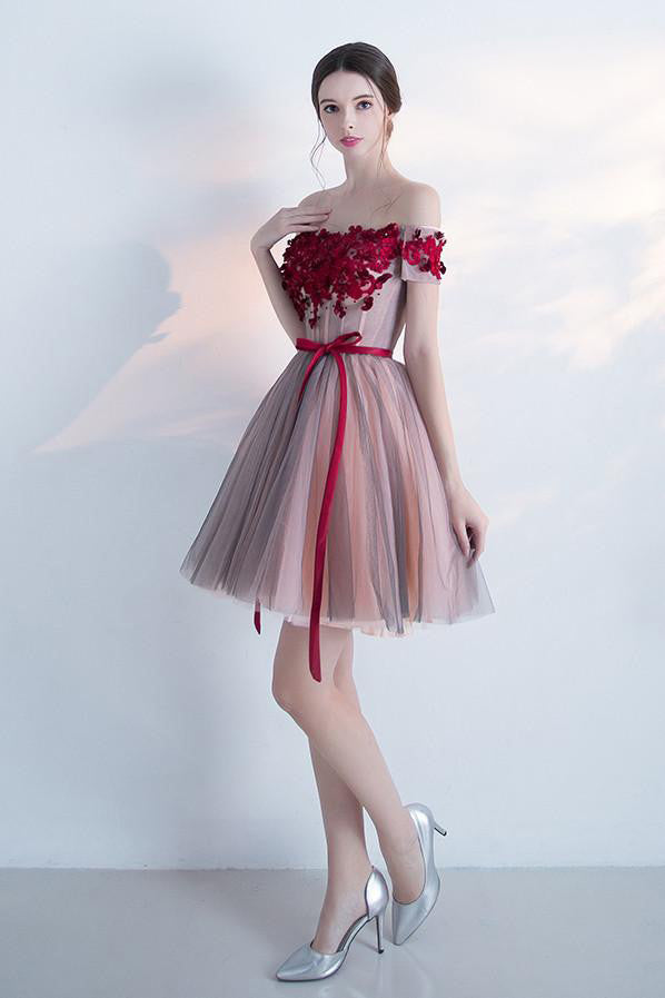 Off the Shoulder Homecoming Dresses,A-line Homecoming Dresses,Sleeveless Homecoming Dresses,Short Prom Dresses,Short Party Dresses,Flowers Homecoming Dresses,Tulle Prom Dresses,Graduation Dresses