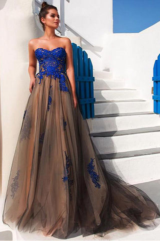 Modest Prom Dresses,Tulle Prom Gown,Strapless Prom Dress,Appliques Prom Dress