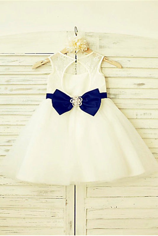 Ivory A-line Scoop Sleeveless Bowknot Floor-Length Tulle Flower Girl Dresses With Lace OK710