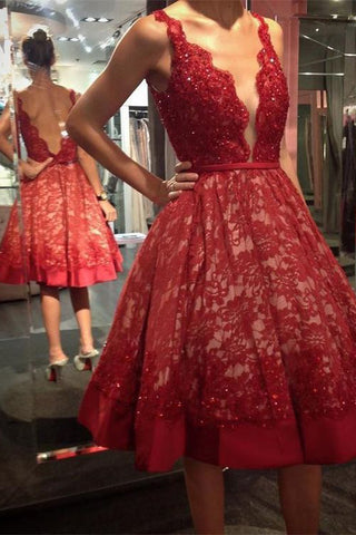 Red Lace Short Formal Dresses