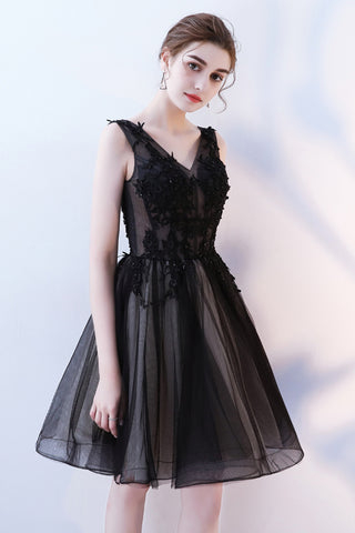 A Line V Neck Black Homecoming Dresses, Short Tulle Appliques Prom Dress OKN63