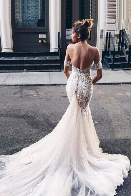 Mermaid Sweetheart Backless Court Train Wedding Dress with Lace Appliques OKR19
