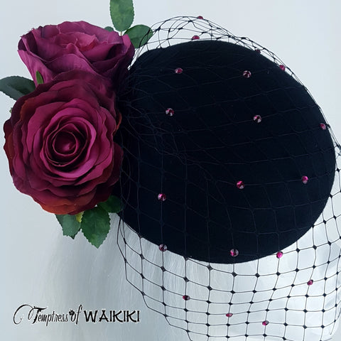 Roses and net black hat