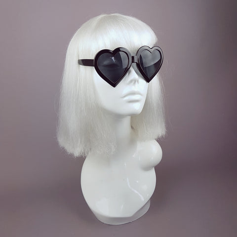 Black Heart Shaped Lenses Sunglasses - SPECIAL OFFER