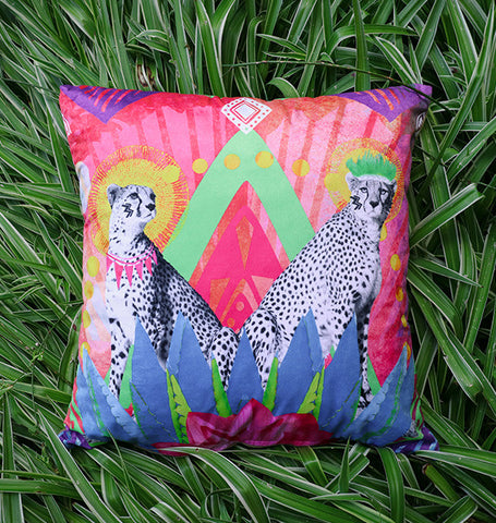 Festive Cheetah - cushion cover