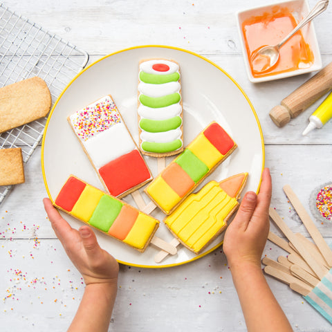 Lollipop biscuit bake and craft kit