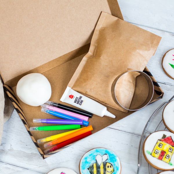Art Class Biscuit Kit
