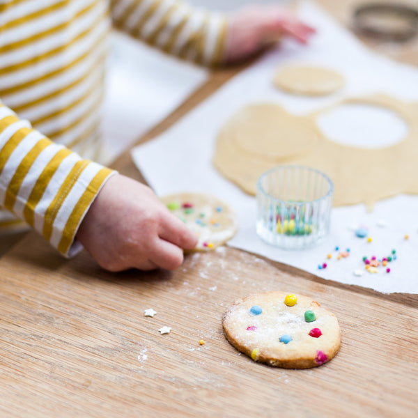Dotty biscuit kit party bag
