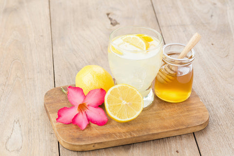 Substitutes for a Healthy Detox - lemon juice and honey