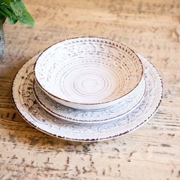 Rustic Flare Large Serving Bowl, Cream