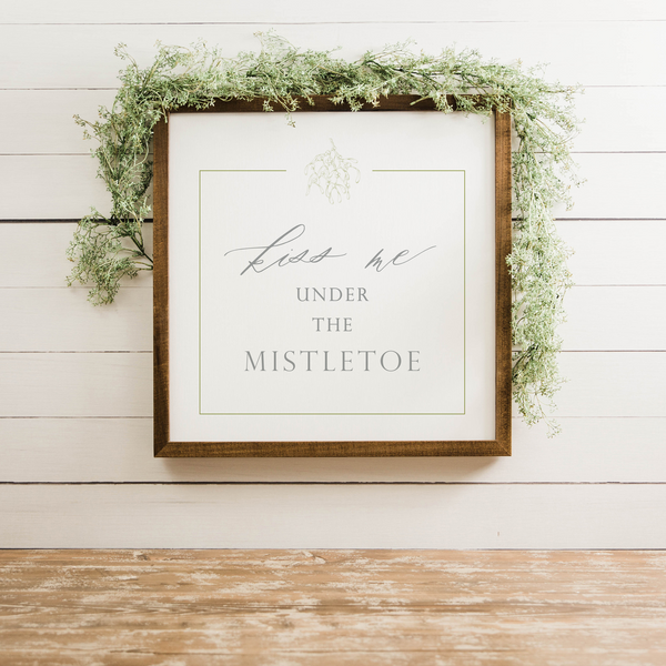 Wood Framed Signboard - Kiss Me - Multiple Sizes [HOLIDAY18]