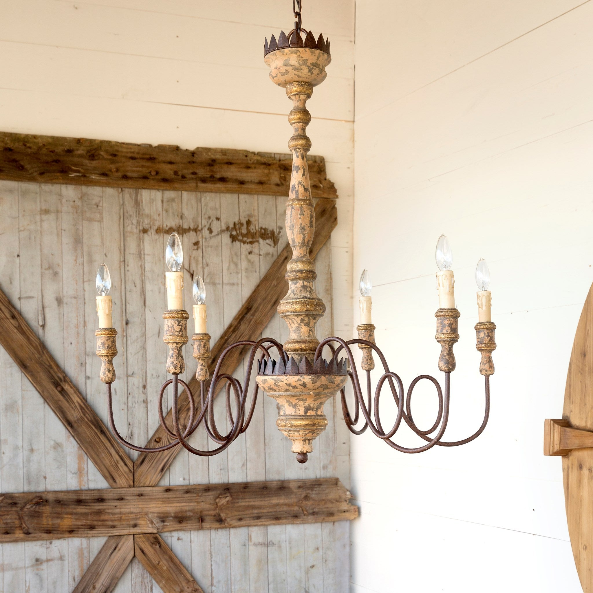 Charlotte Chandelier Smallwood Home