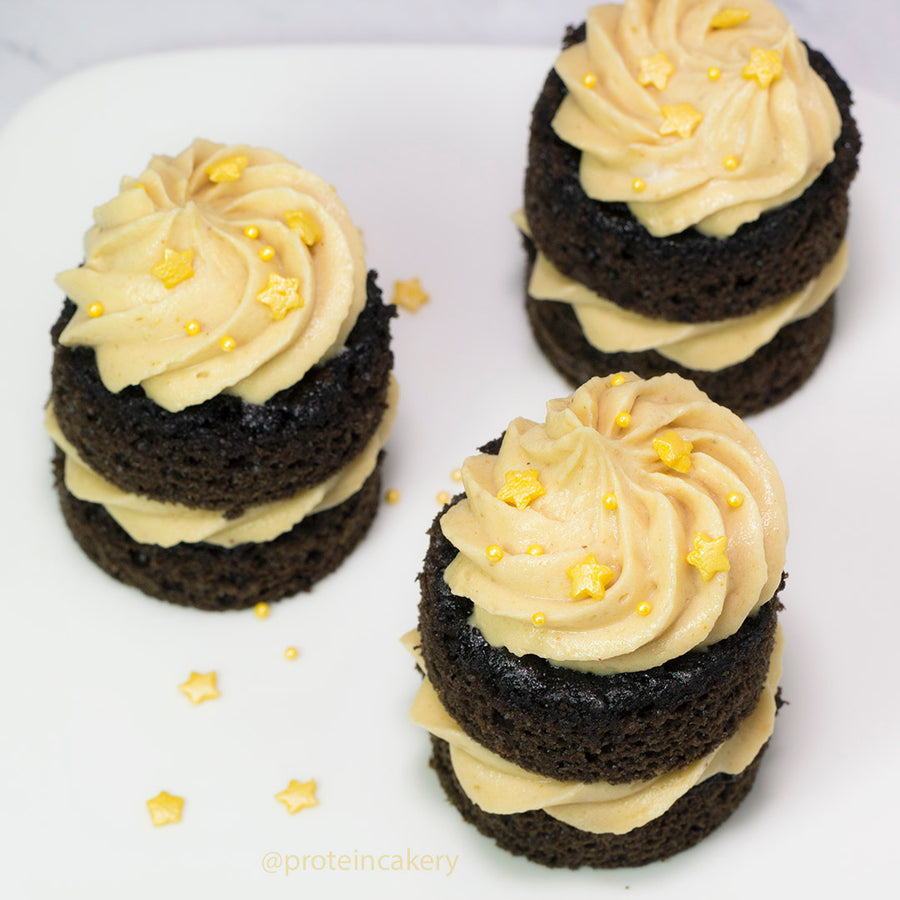 Recipe - Chocolate Peanut Butter Mini Cake Stacks