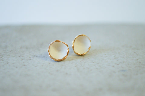 Hana Earrings White