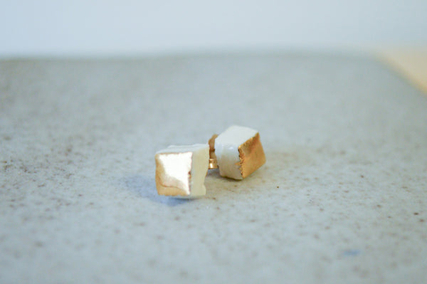 Cube Earrings Gold
