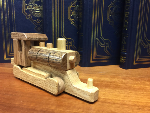 il treno // la carrozza motore // Wooden Toy Train // Engine Car