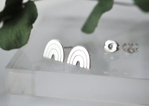Arch Post Earrings