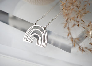Arch Necklace - Short