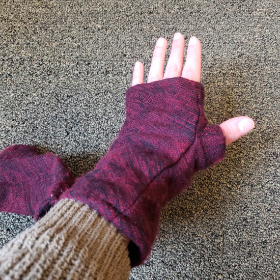 Brushed Woven Arm Warmer Gloves - Red