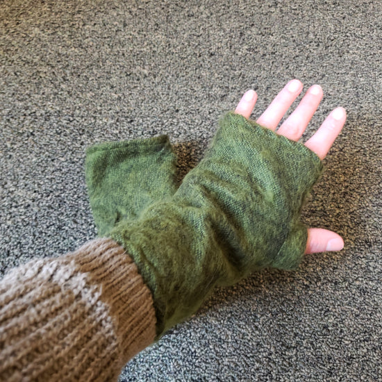 Brushed Woven Arm Warmer Gloves - Green