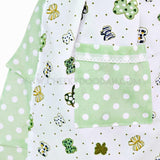 Vintage inspired apron with Green bows pocket closeup