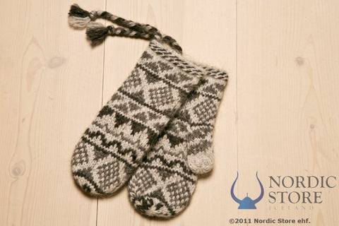 Goa Wool Mittens - Grey - Wool Accessories - Wool Sweaters