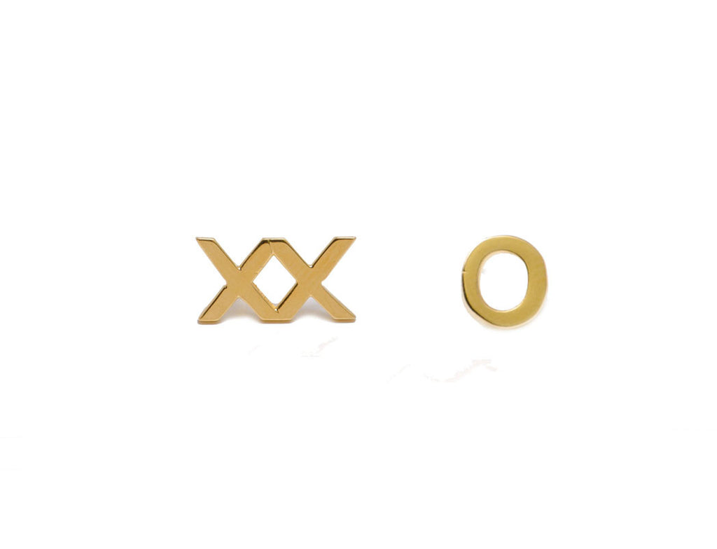 XXO STUD EARRINGS - MAKKO