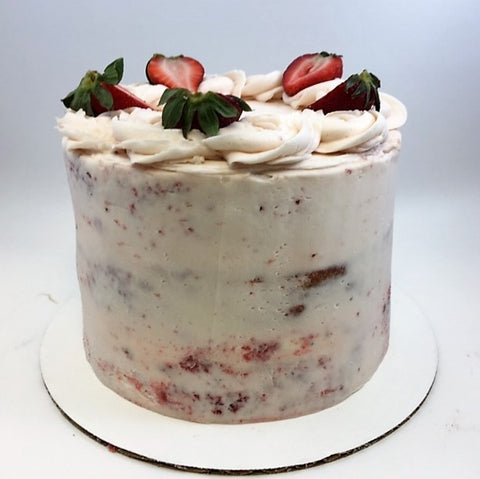 Fresh Strawberry Amycake (2 weeks' notice required)
