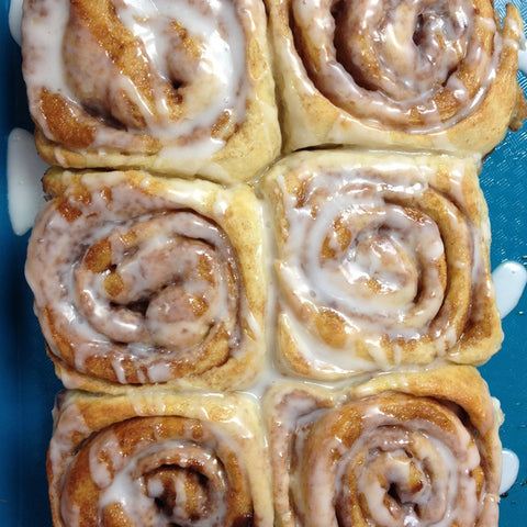 Hot & Fresh Cinnamon Rolls (Wed-Sat, Two Days' Notice Required)