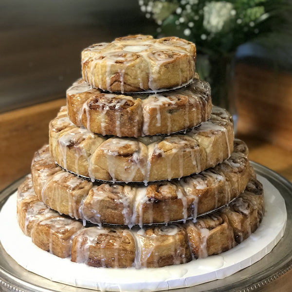 "Tiered cinnamon roll ""cake"""
