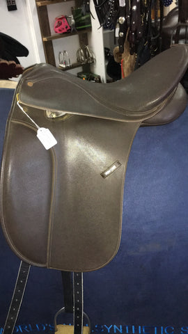 Wintec | 250 Dressage Saddle