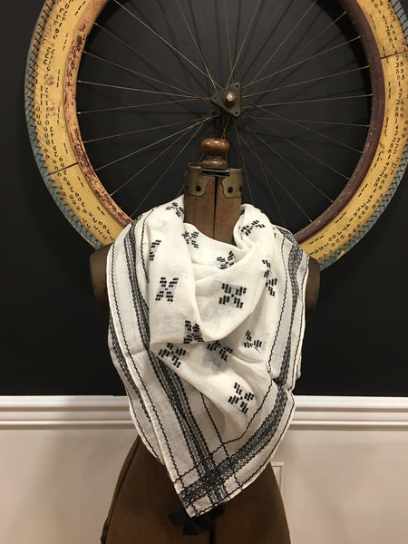 Cotton jacquard embroidery square scarf