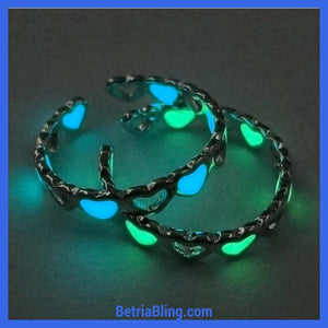 32772252283 - Glow In The Dark Heart Ring