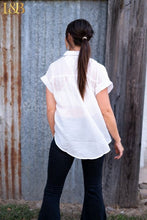 Load image into Gallery viewer, Ivory Bat Sleeve Collar Top