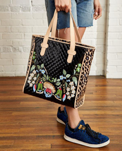 Load image into Gallery viewer, Ezzy Playa Classic Tote