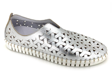 Load image into Gallery viewer, Eric Michael Inez Sneakers- Silver
